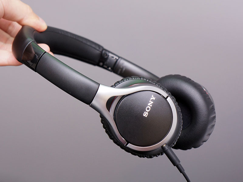 Le Sony MDR10RBT
